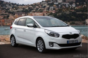 kia-carens-16jpg_small