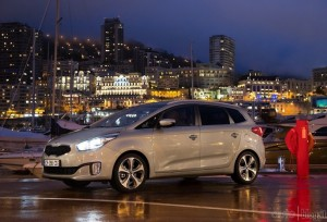 kia-carens-18jpg_small