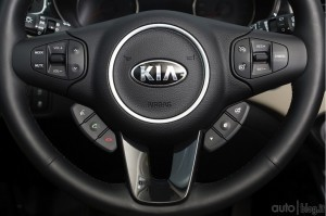 kia-carens-4jpg_small
