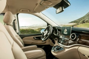 mercedes_luxury_interior_mpv