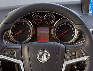 2014-Opel-Meriva-Facelift-11