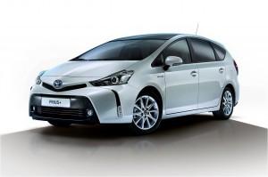 Toyota-Prius_Plus_2015_img-01
