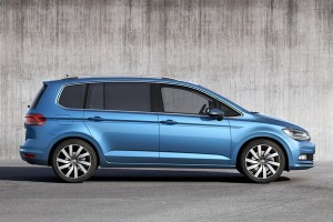volkswagen-touran-2015-2016-profile