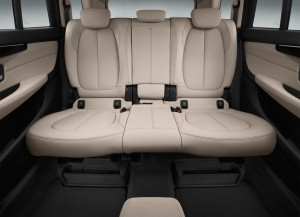 BMW-2-Series-Gran-Tourer-2015-2016-salon-2