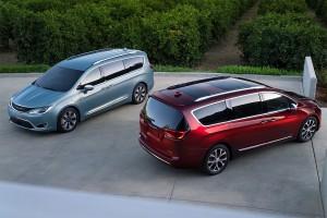 Chrysler-Pacifica-2016-2017-0-min