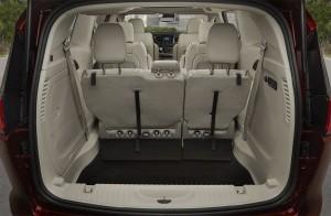 Chrysler-Pacifica-2016-2017-salon-5-min