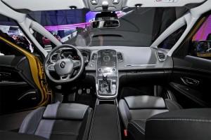 Renault-Scenic-2016-2017-salon-min