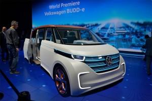 Volkswagen-Budd-e-Concept-2016-1-min