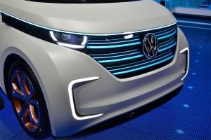 Volkswagen-Budd-e-Concept-2016-3-min