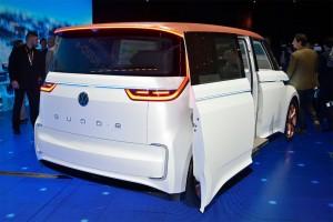 Volkswagen-Budd-e-Concept-2016-4-min
