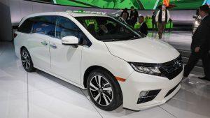 Honda-Odyssey-2017-2018-2-min