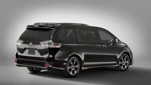 Toyota-Sienna-2018-5-min